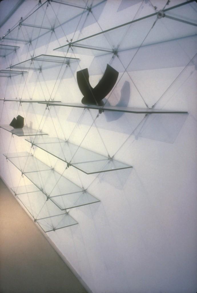 Pyramid Shelves Side
