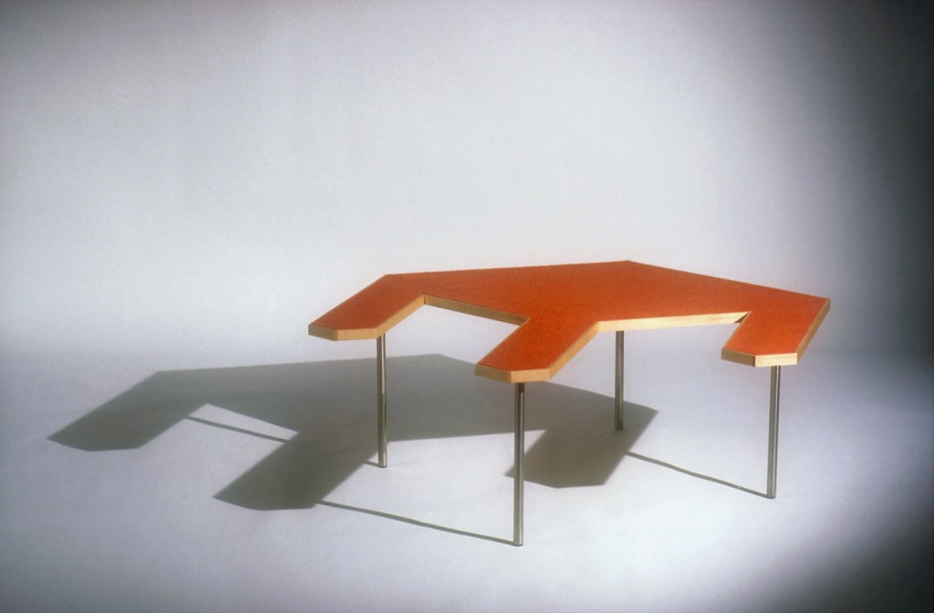 Virtual Table Red 2